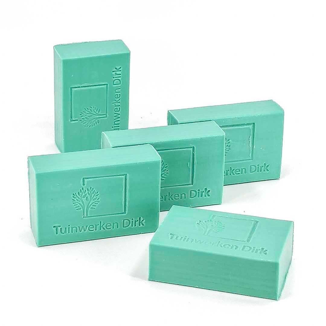 zeep met logo model blok