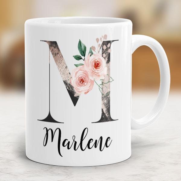 Tasse mit eigenen Initialien
